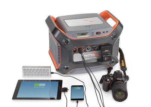 Using Enerplex Generatr 1200E Portable Lithium-Ion Battery Generator