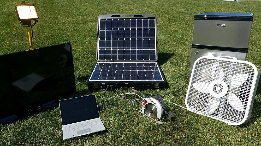 Forty2 Max All-In-One Portable Solar
